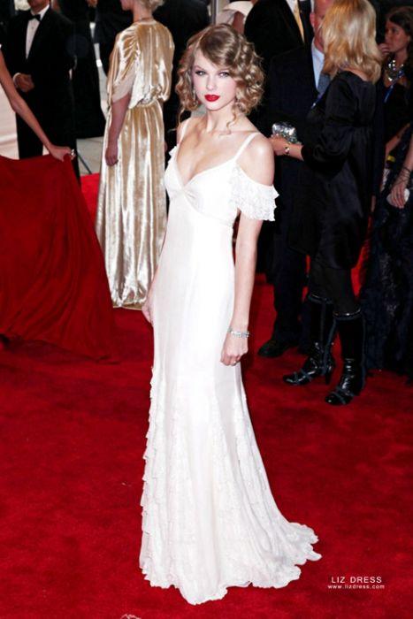 Taylor Swift White Off The Shoulder Celebrity Formal Prom Dress Met Gala 2010