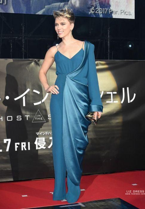 Scarlett Johansson Blue Jumpsuit Ghost In The Shell Tokyo Premiere