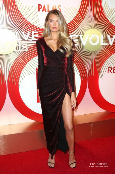 Romee Strijd Burgundy Long Sleeve Velvet Dress With Slit Revolve Awards 2018 Save on a huge selection of new and used items — from fashion to toys, shoes to electronics. romee strijd burgundy long sleeve velvet dress with slit revolve awards 2018